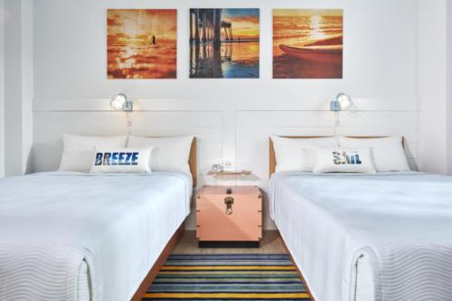 Dockside Inn and Suites standard room