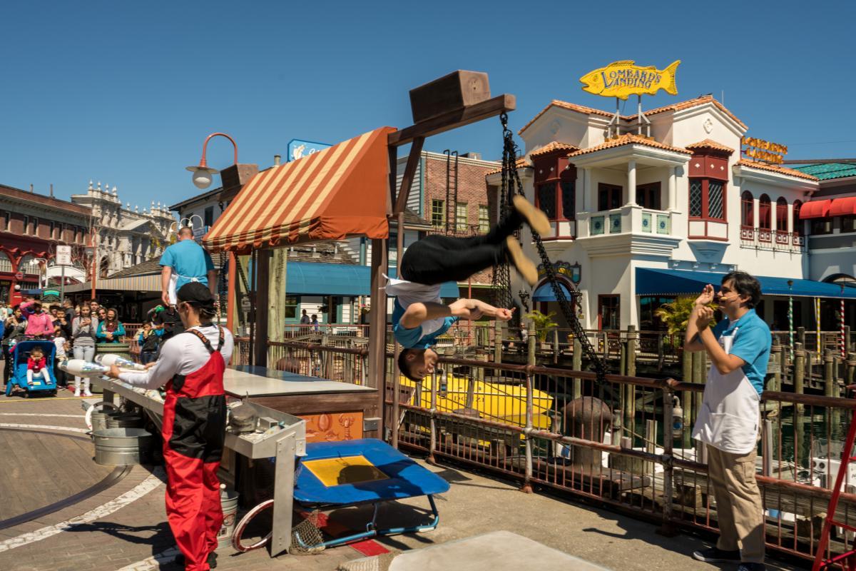 Flying fish market orlando informer for Fresh fish market orlando