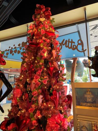 Tree Hunt at Universal Orlando's Holidays 2019