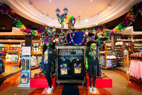 Krewe Crawl - Universal Studios Store at Mardi Gras 2021