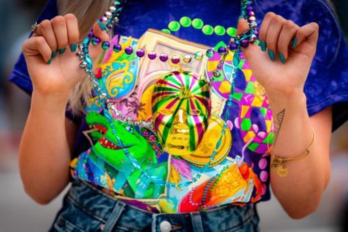 Krewe Crawl - treasure at Mardi Gras 2021
