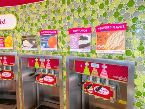 Menchie's Frozen Yogurt at Universal CityWalk 13