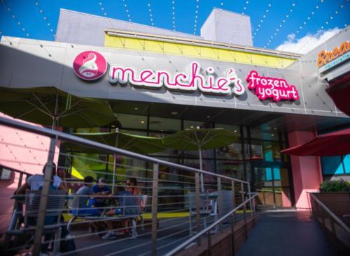 Menchie's Frozen Yogurt at Universal CityWalk 2
