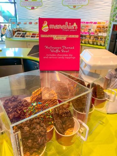 Menchie's Frozen Yogurt at Universal CityWalk 5