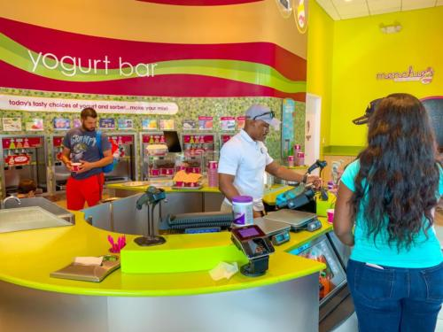 Menchie's Frozen Yogurt at Universal CityWalk 6