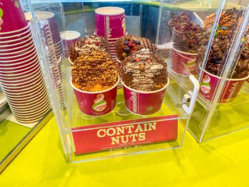 Menchie's Frozen Yogurt at Universal CityWalk 8