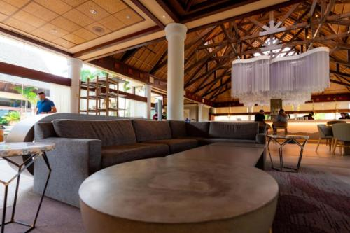 Orchid Court Lounge & Sushi Bar at Royal Pacific Resort