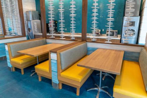 Beach Break Cafe at Surfside Inn and Suites