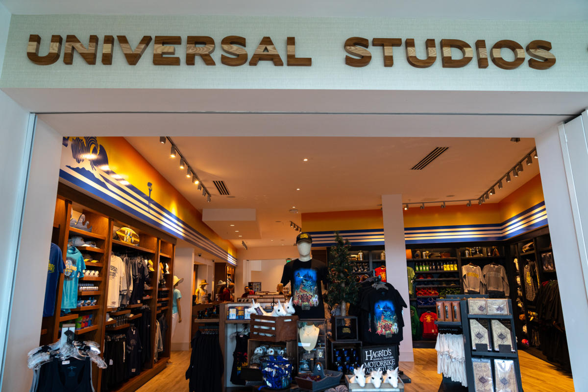 The Universal Studios Store at Surfside Inn and Suites