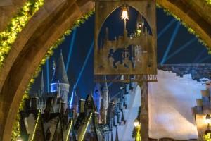 The Christmas decorations of Hogsmeade