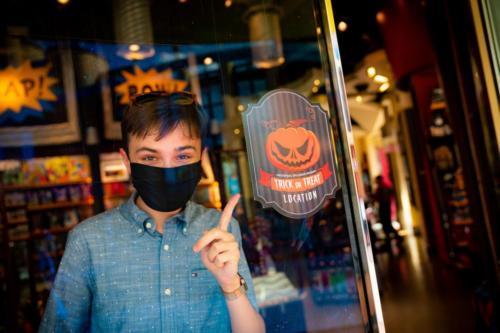 Islands of Adventure trick-or-treating Halloween 2020