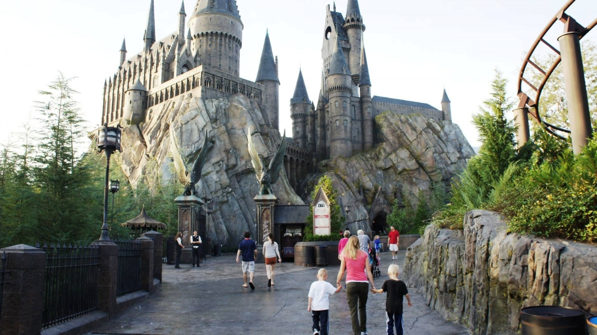 aaea1cec646 Early Park Admission at Hogsmeade – photo gallery. Early Park Admission to Universal s  Wizarding World of Harry Potter.