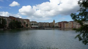 Walk from Hard Rock Hotel to Loews Portofino Bay Hotel
