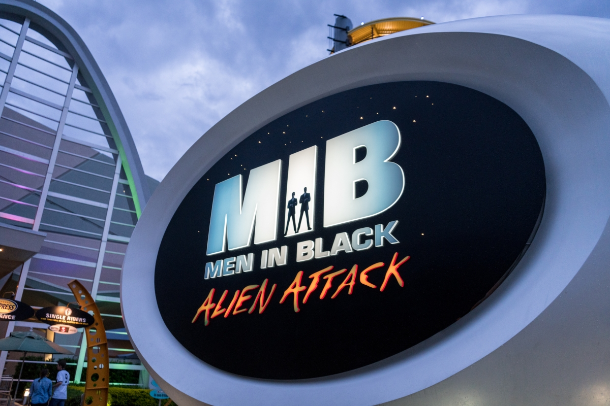 The entrance to the Men In Black: Alien Attack attraction