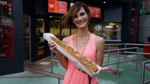 hot-dog-hall-of-fame-universal-citywalk-7964-oi